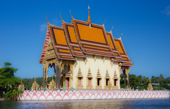 Überaus faszinierend: die Tempelanlage des Wat Plai Leam.