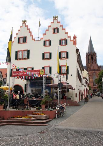 Überaus charmant gibt sich die Innenstadt von Oppenheim. (Foto Karsten-Thilo Raab)
