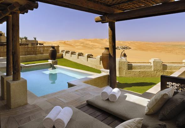 Die schöne Seite der Wüste: das Qasr Al Sarab.