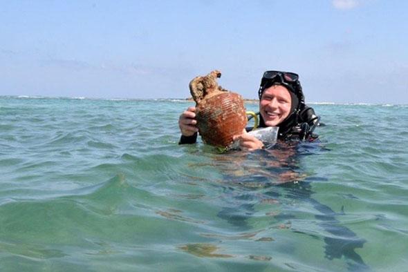 Auch vor Tel Dor gibt es bei archäologischen Tauchgängen einiges zu entdecken. (Foto Ministry of Tourism, Israel)