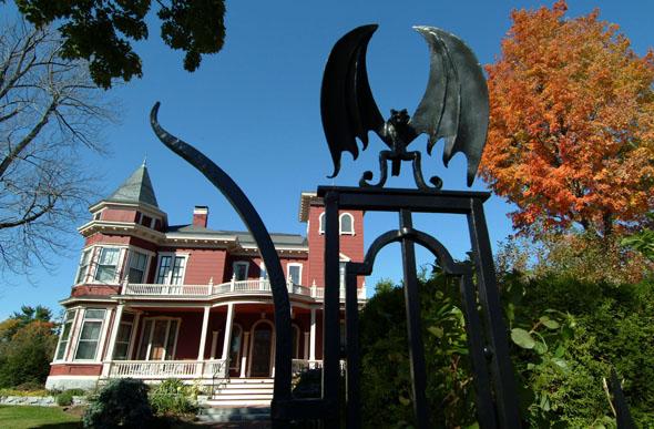 Pilgerstätte für Thriller-Liebhaber: das Das Haus von Stephen King (Foto Maine Office of Tourism)
