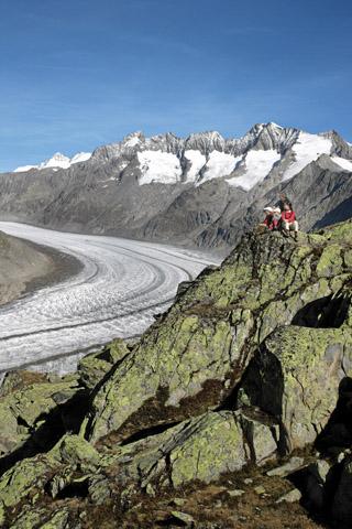 WALLIS - Der Aletschgletscher im Kanton Wallis ist der laengste Gletscher der Alpen und gehoert zum ersten UNESCO Welterbe der Alpen. The Aletsch Glacier in the canton of Valais, the longest glacier in the Alps, is one of the first UNESCO world nature heritage sites in the Alps. Le glacier d'Aletsch, en Valais, est le plus long glacier des Alpes et fait partie du premier Patrimoine Mondial de la Nature de l'UNESCO. Copyright by: Valais/Wallis Promotion By-Line: Valais/Wallis Promotion/Thomas Andenmatten