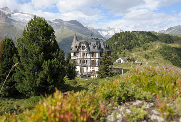 In der geschichtsträchtigen Villa Cassel ist heute das Pro Natura Zentrum Aletsch untergebracht.