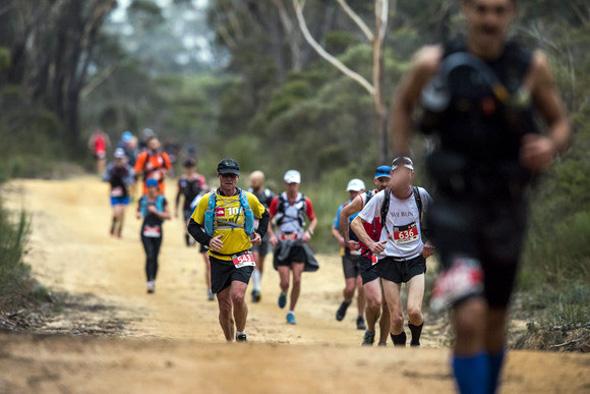 Härtetest über 32 Kilometer in der Südsee: das Round Rarotonga Road Race. (Foto Cook Islands Tourism Marketing Corporation)