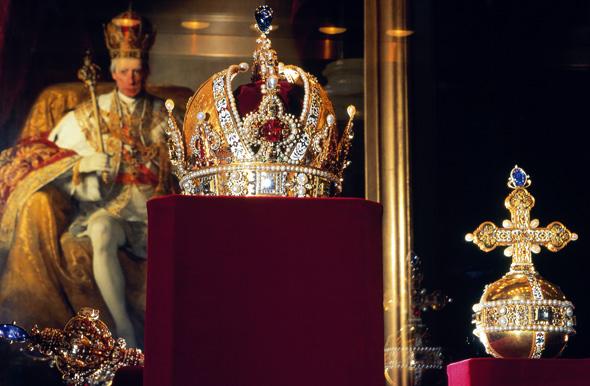In der Hofburg zu sehen: die Krone Kaiser Rudolfs II. (Foto Lois Lammerhuber)