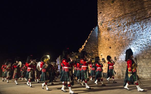 Auch die Band des Royal Regiments of Scotland spielte bereits am Schellenberg auf. (Foto: Michael Zanghellini)