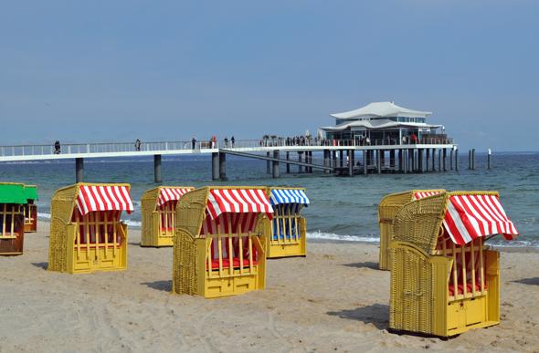 Der fast sieben Kilometer lange Timmendorfer Strand liegt direkt vor der Haustür des Hotel Sand. (Foto Uwe Keller)