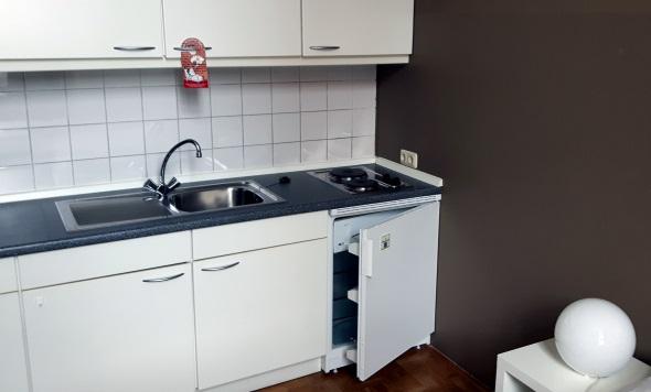 Überaus praktisch: die Pantry-Küche in den Zimmern. (Foto Karsten-Thilo Raab)
