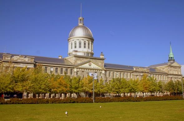Eine der vielen prachtvollen Landmarken in Montreal: der Marché Bonsecours. (Foto Karsten-Thilo Raab)
