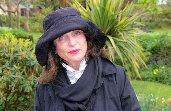 "Die ""Queen of Little Sark"": Elizabeth Perrée - Betreiberin des La Sablonnerie. (Foto Karsten-Thilo Raab)"