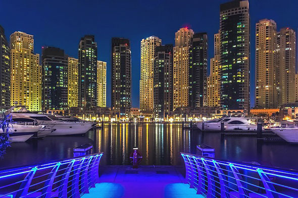 Dubai - bright-light City mit Strahlkraft.