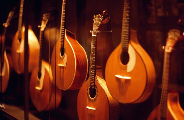 Die besondere musikalische Note der Stadt spiegelt die Fado Musik wider. (Fotos Turismo de Portugal)