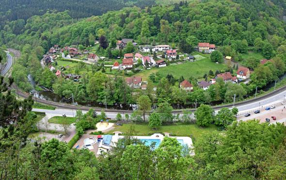 Das Bergdorf Rübeland ist berühmt für seine Tropfsteinhöhlen. (Foto: M. Leonhardt)