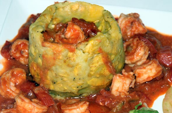 So schmeckt die Karibik: Mofongo, eine Art Kloß aus Kochbananen, mit Shrimps. (Foto Karsten-Thilo Raab)