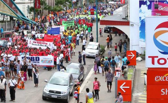 Die Parade ist der Höhepunkt des Hibiscus Festivals. (Foto Tourism Fiji)
