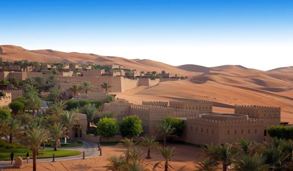 Eine der vielen Wüstenschönheiten: Qasr Al Sarab.
