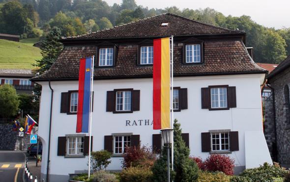 Ein Kleinod in Triesenberg: das historische Rathaus. (Foto Karsten-Thilo Raab)
