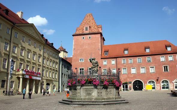 Bekannt ist die Regensburger Altstadt für ihre vielen Prachtbauten. (Foto Karsten-Thilo Raab)