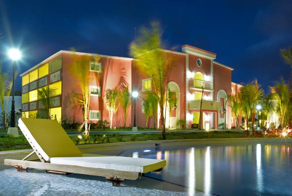 Nicht zur das Royal-Suites-Turquesa bietet reichlich Platz zum Träumen und Entspannen. (Foto Palladium Group)