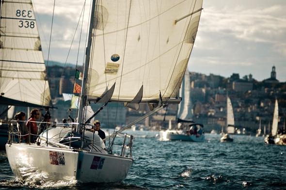 Auch Segelsport wird in diesme Teil Italiens groß geschrieben. (Foto Matteo Lavazza Seranto)