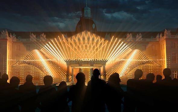 Während der Schlosslichtspiele wandelt sich das Schlöoss in Karlsruhe zur riesigen Leinwand. (Foto maxin10sity)