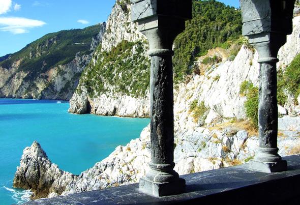 Ligurien von seiner schönsten Seite: Herrlicher Blick vom kleinen Portovenere im Golf von La Spezia. (Foto Katharina Büttel)