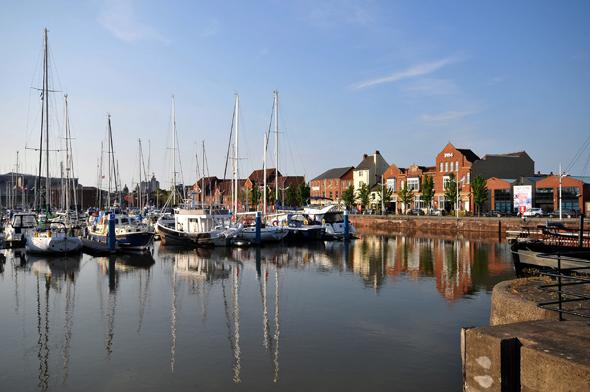 Obschon Hull auch übert einen Fährhafen verfügt, weiß die Marina maritimes Flair zu vermitteln. (Foto Visit Britain)