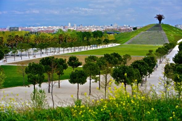 Madrids weitläufige Grünanlagen sind nicht nur ein Paradies für Radfahrer.