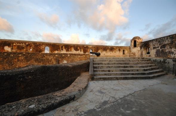 Fort Jesus ist nicht überaus geschichtsträchtig, sondern steht seit 20111 als Weltkulturerbe unter dem Schutz der UNESCO.