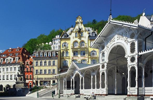 Karlsbad konnte sich Vieles vom Glanz längst vergangener Zeiten bewahren.