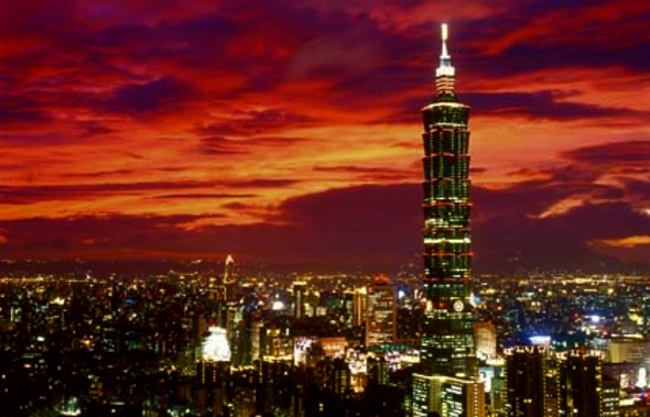 Die weithin sichtbare Landmarke von Taipeh ist der Wolkenkratzer Taipeh 101.