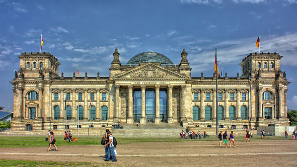"""Der Reichstag gehört zu den """"Pflichtstationen"""" bei einem Hauptstadtbesuch."""