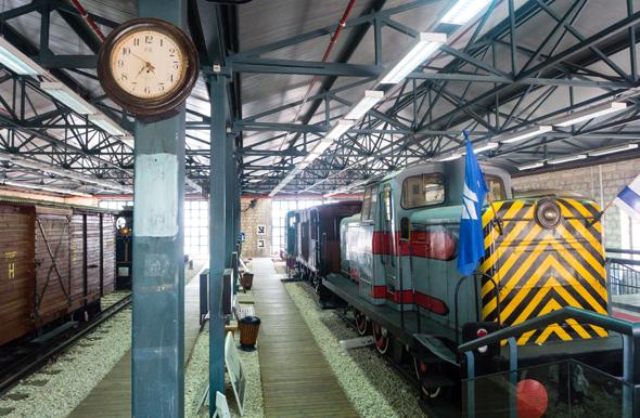 Das Eisenbahnmuseum in Haifa präsentiert zahlreiche historische Schienenfahrzeuge. (Foto David Scheibler)