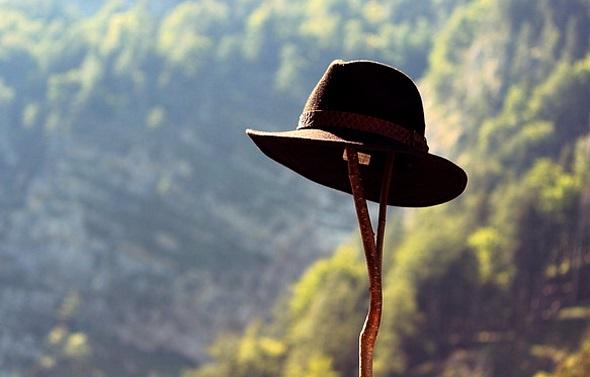 Für die Wanderung durch die Liechtensteiner Bergwelt bedarf es neben gutem Schuhwerk nicht viel.