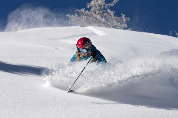 Pulverschnee ohne Ende lädt in Aspen Snowmass zu unvergesslichen Skitagen ein.