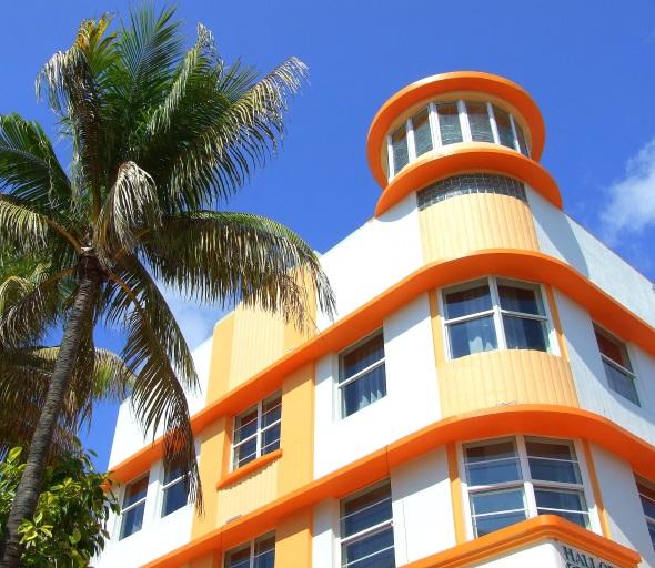Das ist Miami Beach: 8. Palmen. Himmel und Art-Déco. (Foto Katharina Büttel)