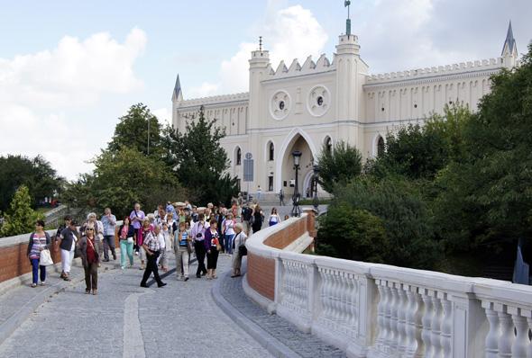 Der wohl größte Besuchermagnet ist das prunkvolle Lubiner Schloss.