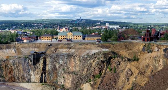 Die Grube des einstigen Kupferbergwerks im schwedischen Falun ist heute Weltkulturerbe. (Foto Mostphotos)