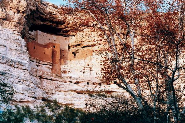 Acht Jahrhunderte alte Faszination: das Montezuma's Castle National Monument.