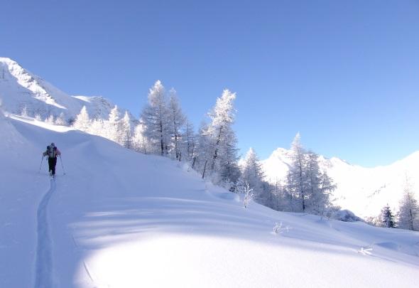 Die Häusleralm in Mallnitz lädt zu einer Skitour (Foto Peter Angermann)