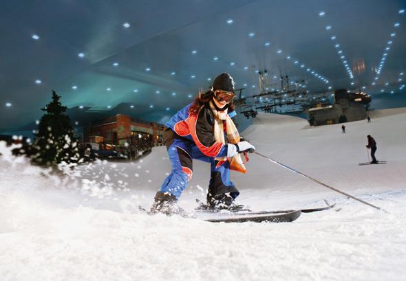 Im sonnigen Emirat lässt sich in der Halle prima Ski fahren.