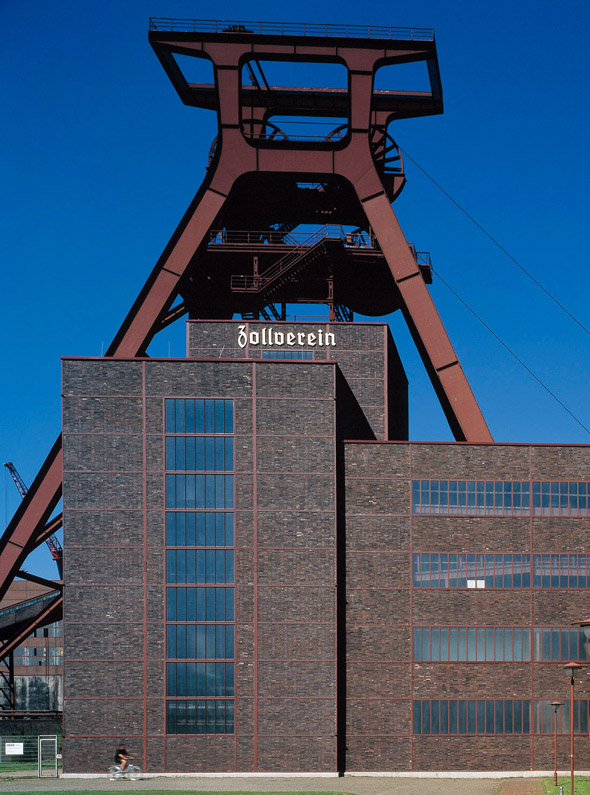 Die Zeche Zollverein in Essen galt einst als das schönste Bergwerk der Welt. (Foto Karsten-Thilo Raab)