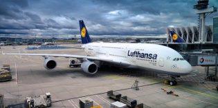 Neues vom Himmel – Flugdatenspeicherung, weniger Sitzabstand und Flughafen-Umbauten