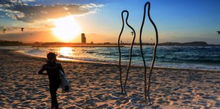 Kunst am Strand von Queenslands Gold Coast