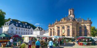 Vier Städte-Drei Länder-Ein Bett: Grenzenlose Pracht in Metz, Trier, Saarbrücken und Luxemburg