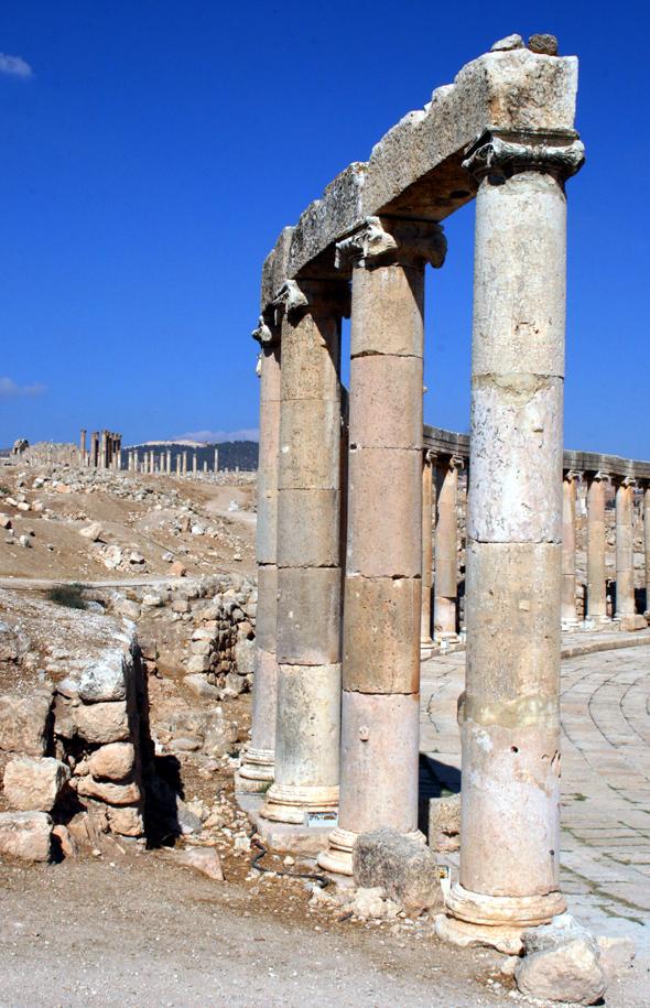 Das Forum in Jerash gehört zu den best erhaltenen Teilen der alten Römerstadt. (Foto Karsten-Thilo Raab)