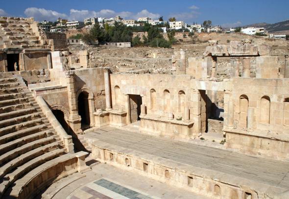 Das antike Nord-Theaterwird noch immer für Aufführungen genutzt. (Foto Karsten-Thilo Raab)