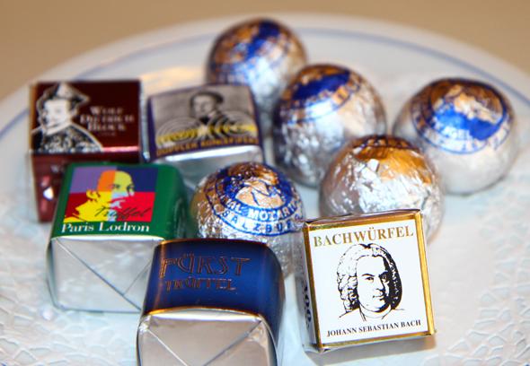 Neben der Mozartkugeln und dem Bachwürfel hat die Konditorei Fürst noch andere Pralinen entwickelt. (Foto Karsten-Thilo Raab)
