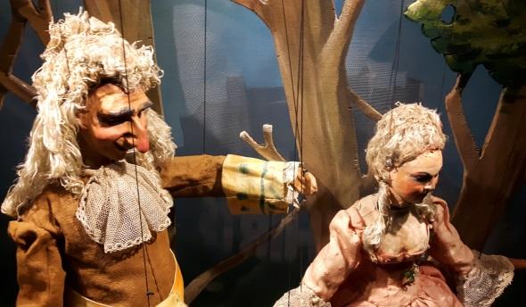 Mit Hilfe der Marionetten werden große Opern in Salzburg aufgeführt. (Foto Karsten-Thilo Raab)