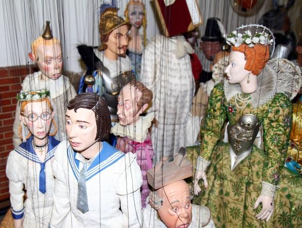 Die Marionetten bestechen allesamt durch viel Liebe zum Detail. (Foto Karsten-Thilo Raab)